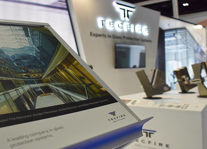 Tecfire dans Windows, Doors&Facades-2018